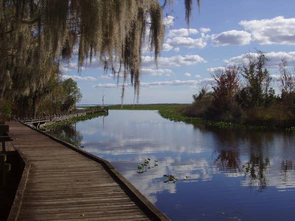 Lake Istokpoga (istokpoga.org).