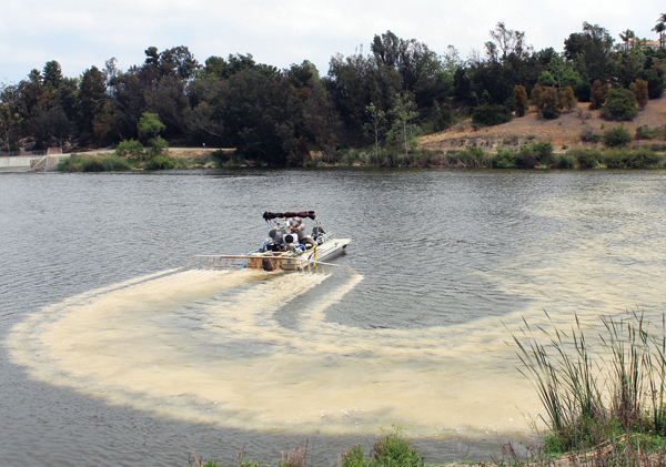 An AquaTechnex boat applying Phoslock to Laguna Niguel Lake, 2013.