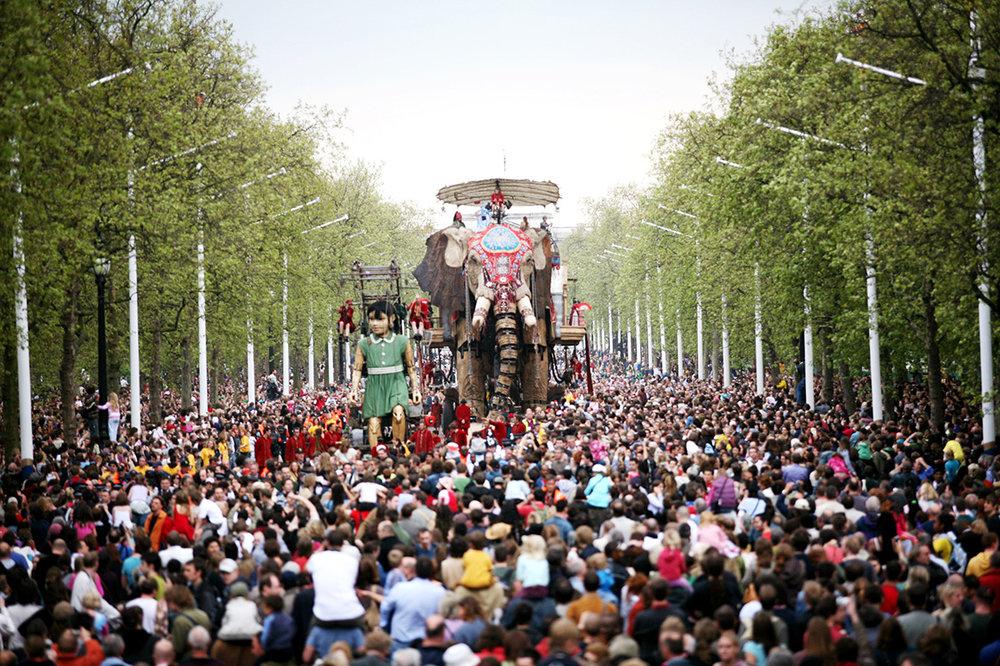 The Sultan's Elephant, Royal de Luxe, 2006. Produced by Artichoke in London. Photo by Sophie Laslett (5) (1).jpg