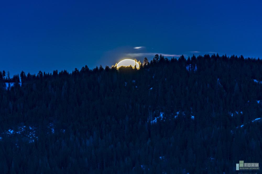 Moonrise-2.jpg