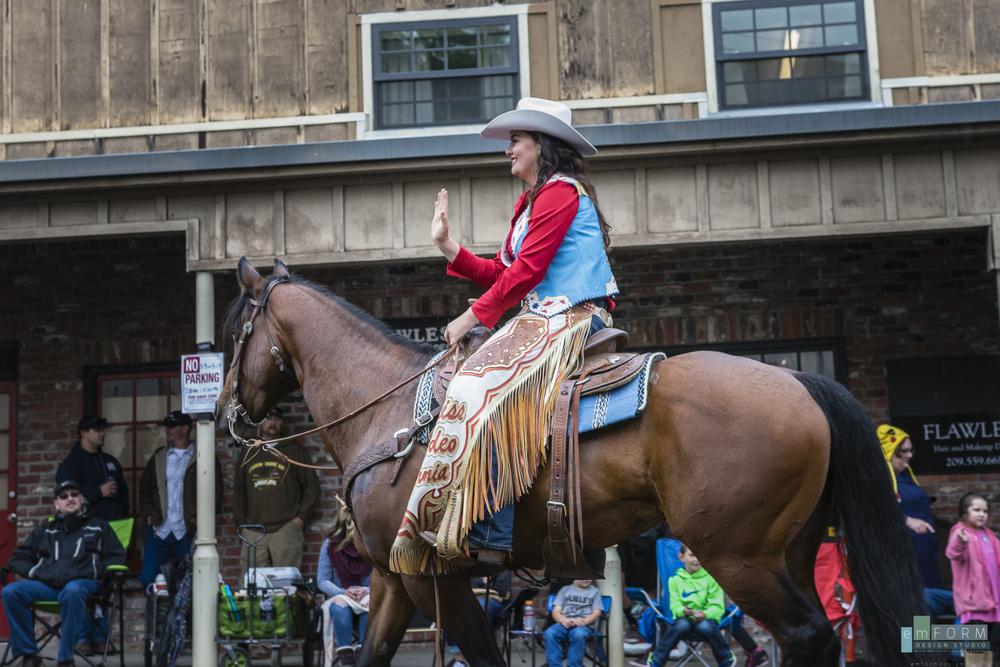 2016 Roundup Parade-1.jpg