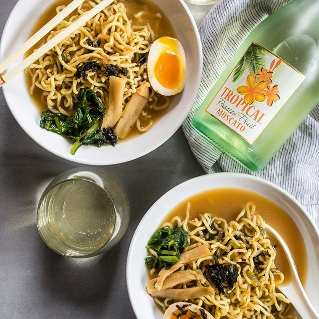 As the weather starts to cool down, try Tropical Passion Fruit Moscato paired with a delicious bowl of hot ramen. Yum! 🍜🥂 #tropical #moscato #tropicalmoscato #passionfruit #paradiseinaglass #foodandwine #winepairing #ramen #whitewine #thirstythursday #wine #winetime #winelife #winelovers