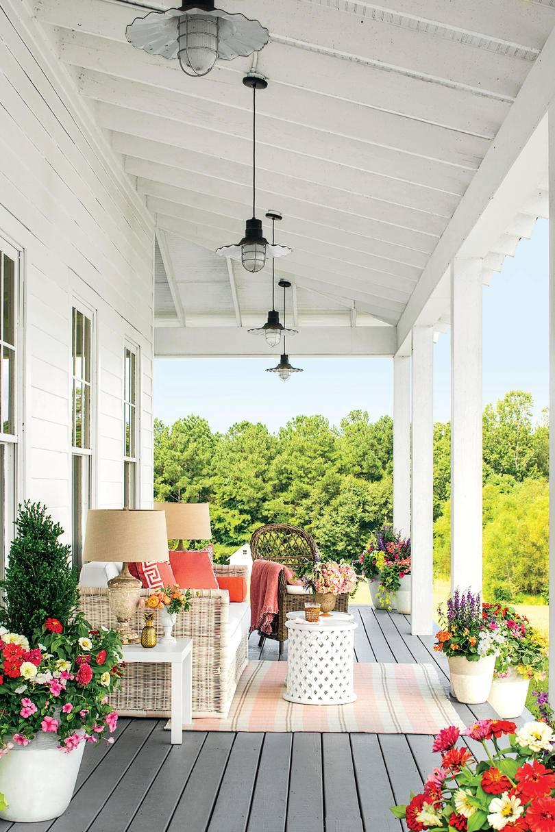 southern porch living antique details