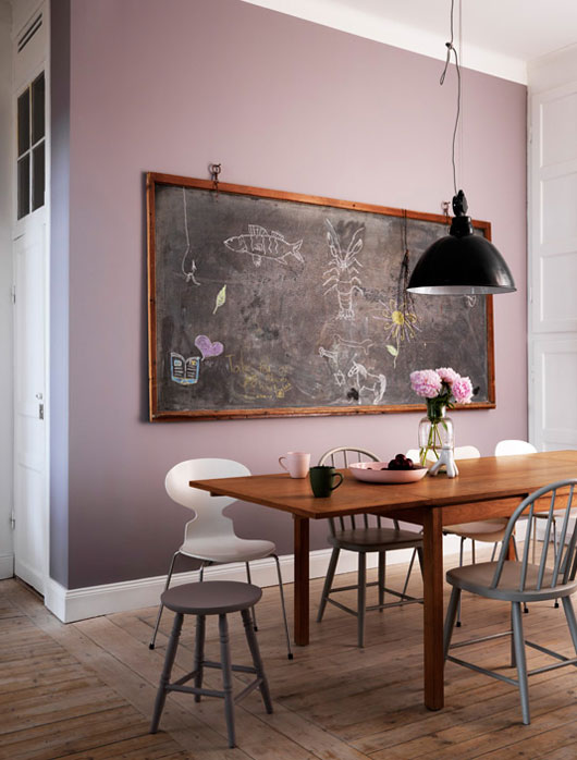 lilac-vintage-dining-room