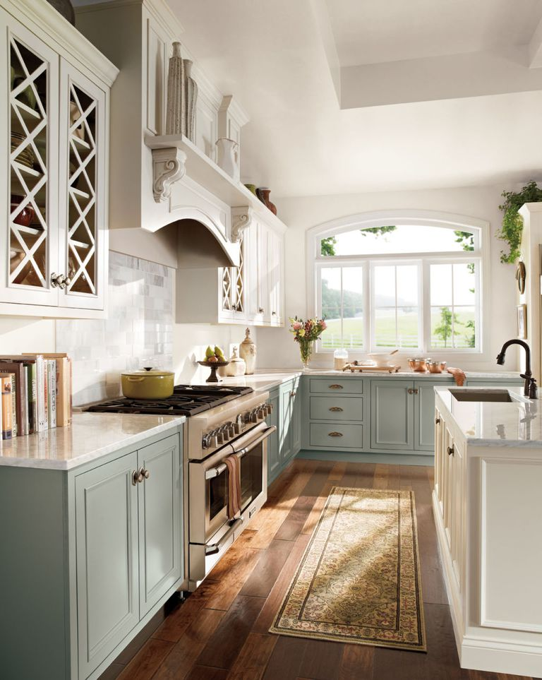 two-toned-kitchen-cabinetry