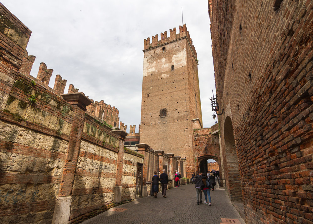 Castelvecchio_in_Verona.jpg