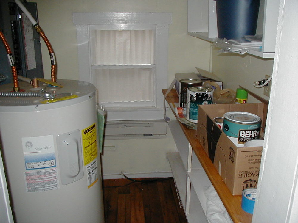 Pantry and utility room off kitchen.jpg