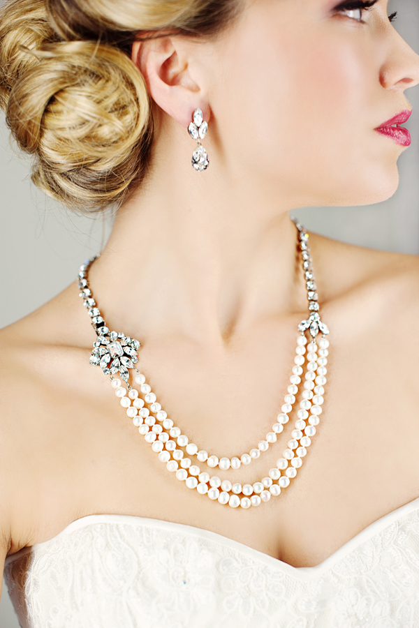 Pearl Wedding Necklace by Elsa Corsi http://www.elsacorsi.com/shoponline/petite-jasmine-necklace