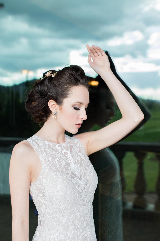 Elagant Wedding Elsa Corsi