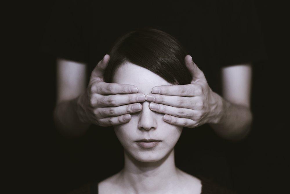 Wir wissen nicht, was kommt. Bild: Ryoji Iwata / Unsplash