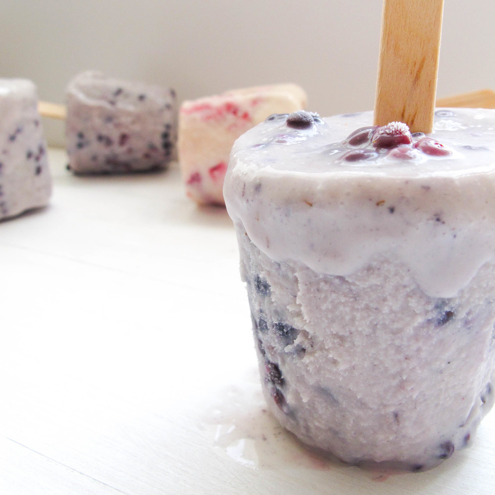 Sweet berry popsicles