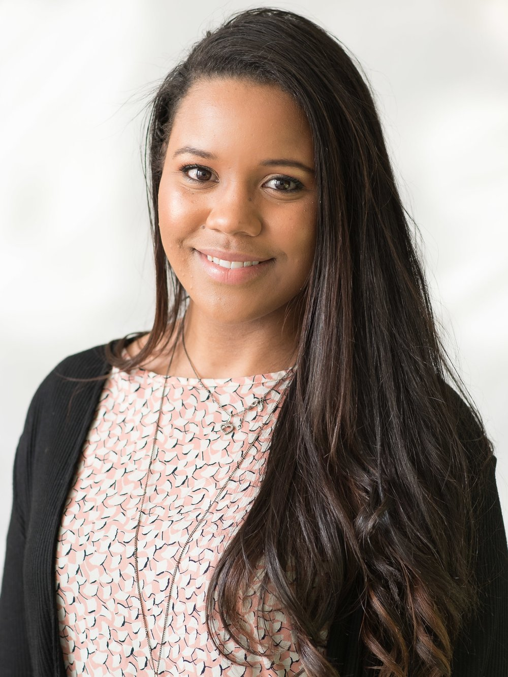 Tashauna Wright,CIR <i> Sourcer Associate<i/>