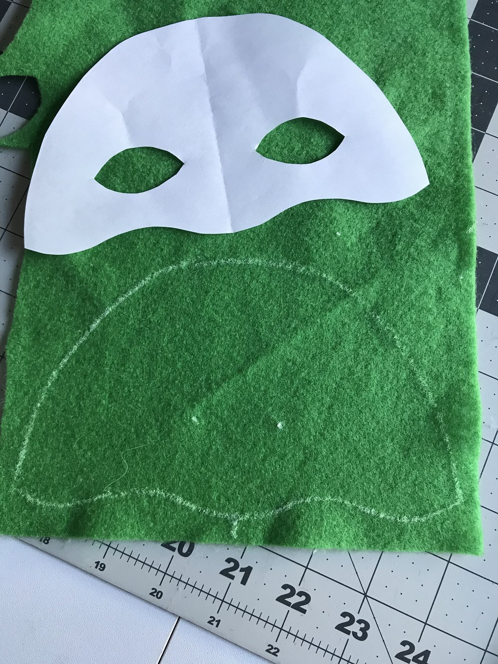Trace mask template