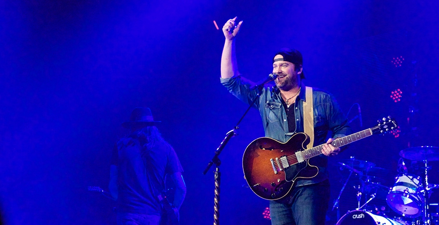 Country star Lee Brice has orange in his blood, too