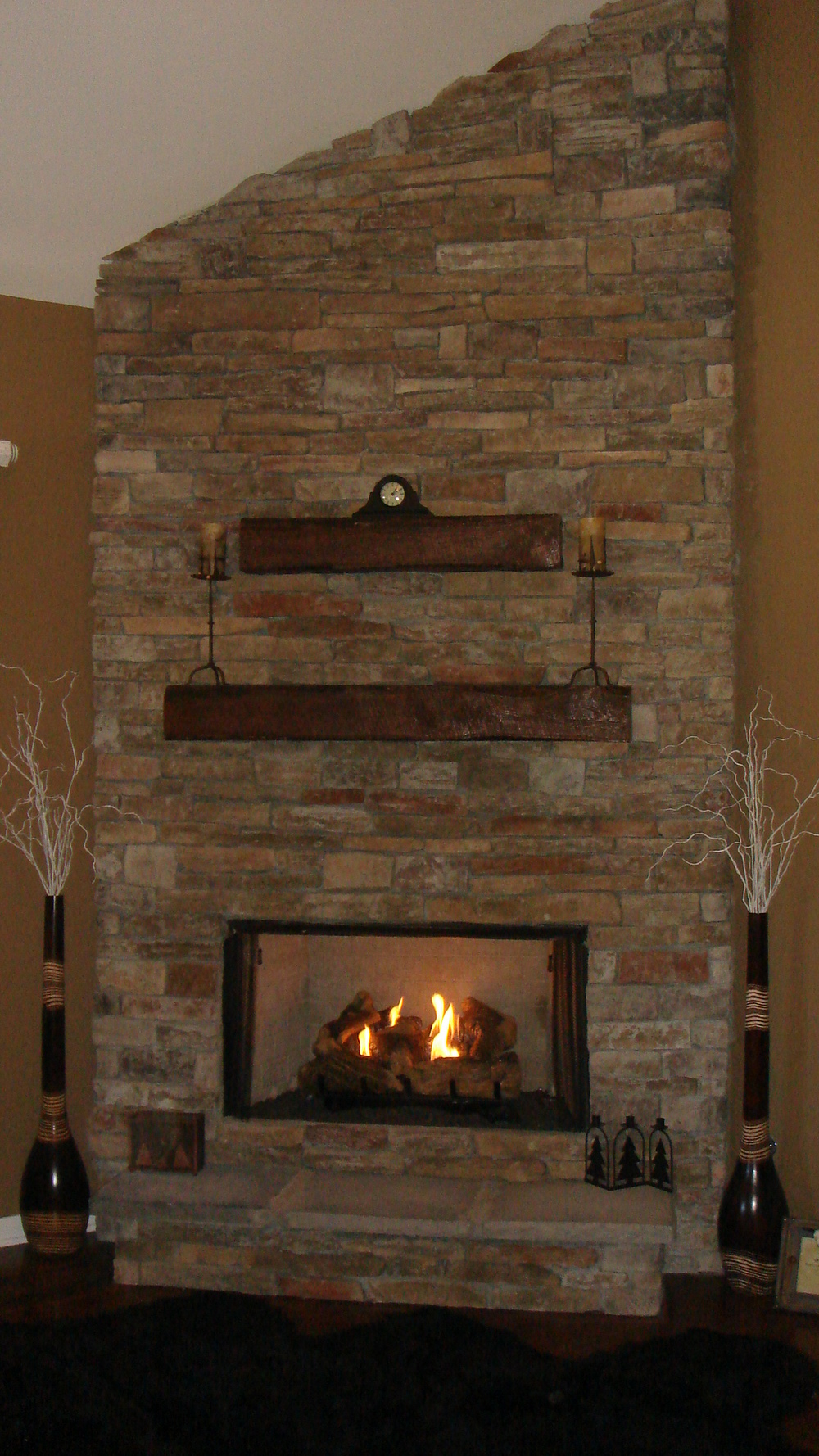 20 Andrews fireplace.JPG
