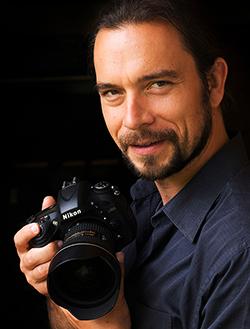 FlorianSchulz_Nikon_Portrait-webres.jpg