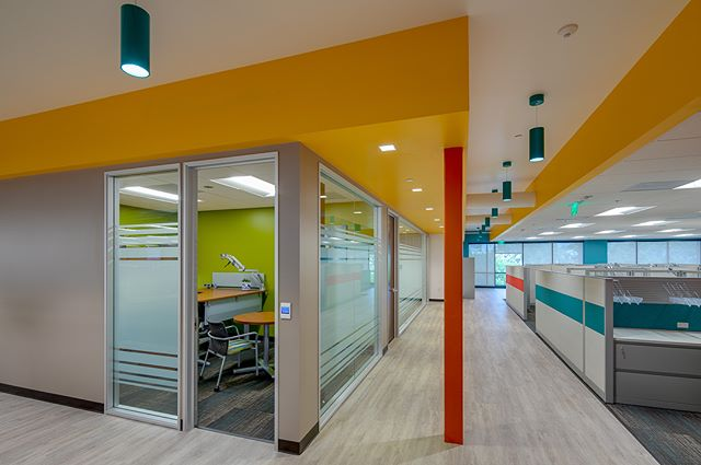 We love this bright and cheerful design by Miller Design for Carleton Management and the County of San Diego featuring:  Modular furniture by @steelcase  Carpet by @manningtonfloors  Vinyl Plank by @mohawkflooring  Tile by @VersaTILE @arizonatile and @specceramicsinc Inc  Cabinets include @wilsonart Laminates  Countertops include LG Hausis Viaterra Celeste  All photos ©Nathaniel Padilla Bowen @padillabowen