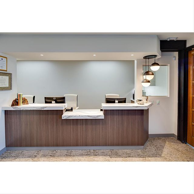 More photo love from our recent Bankers Hill #midcenturymodern dental office rebuild for Drs. Chapokas & Luczynski in San Diego! Design by @rbndesign Jessica Studer and dental equipment by @burkhartdentalsocal 📸 © @padillabowen @archicamera