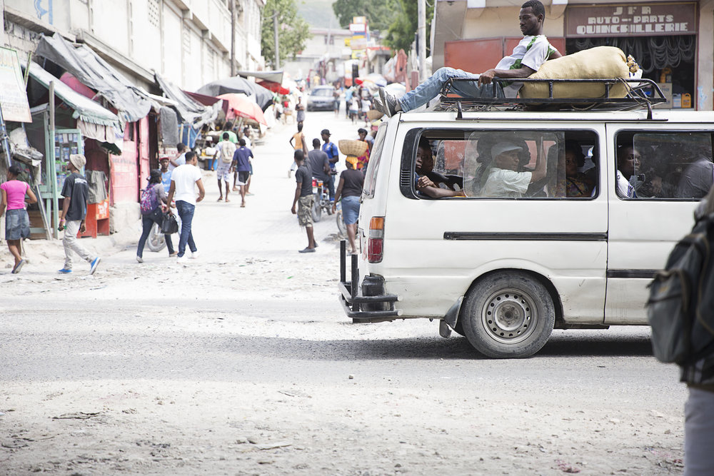 We love this peek into the hustle of Haiti, captured by our dear friend Mackenzie Fugett (Mackenzie Lee Photography).