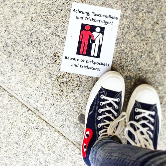 Also good dating advice? #berlinisforlovers #avoidpickpockets #avoidtricksters