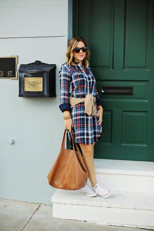 velvet dress-converse-cuyana bag 3.jpg