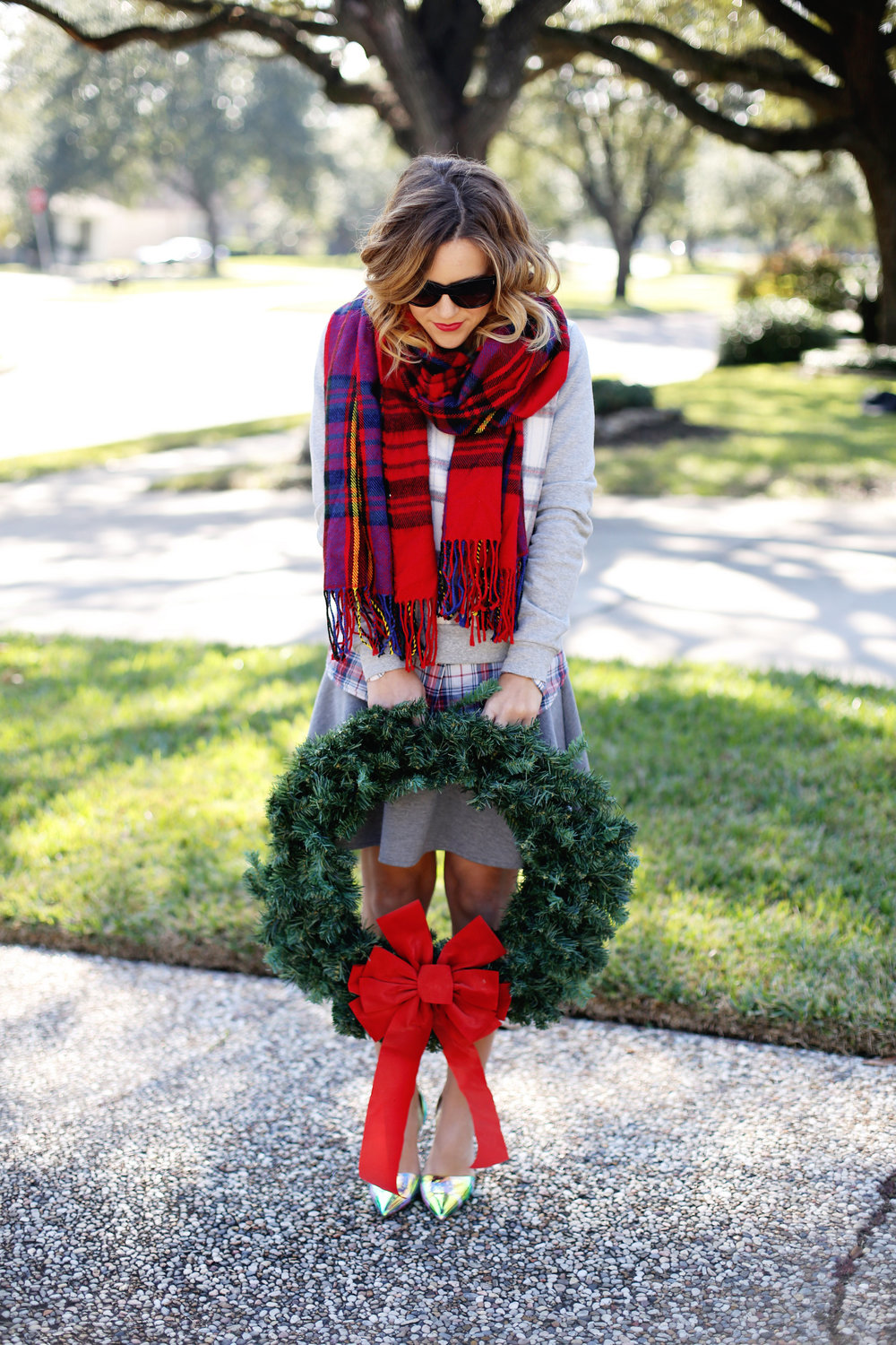 red plaid scarf 3.jpg