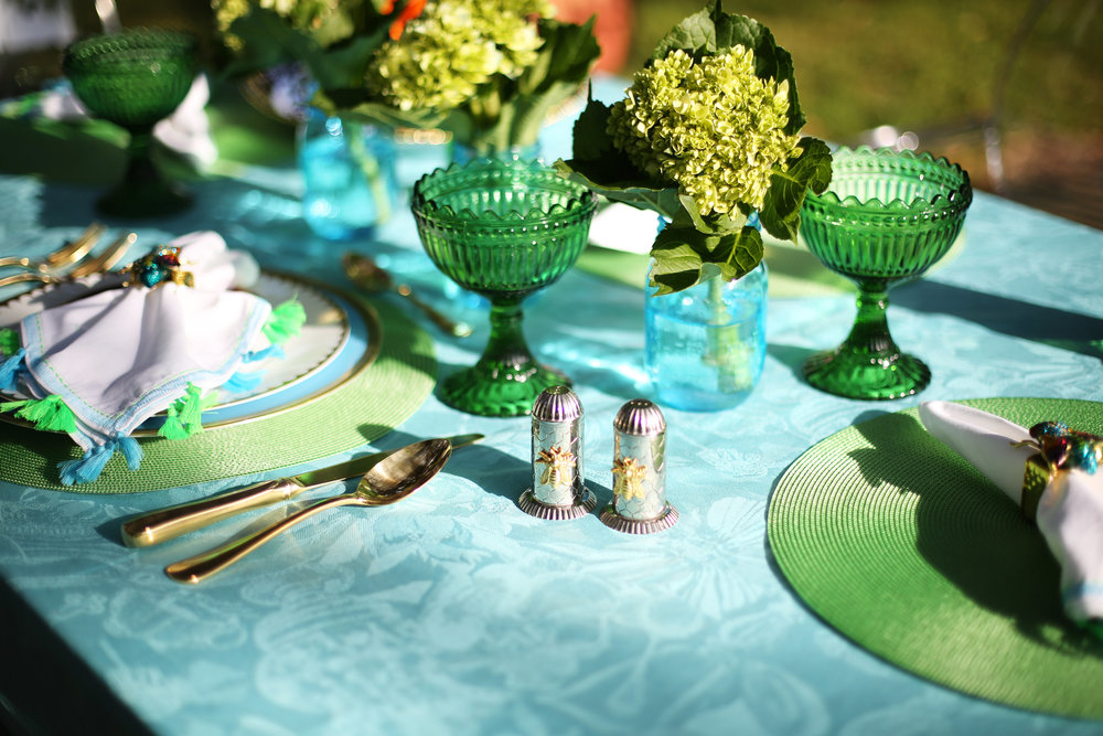 Summer Table setting with blue and green accessories. 5.jpg