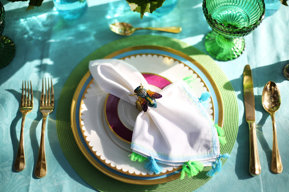 Summer Table setting with blue and green accessories. 6.jpg