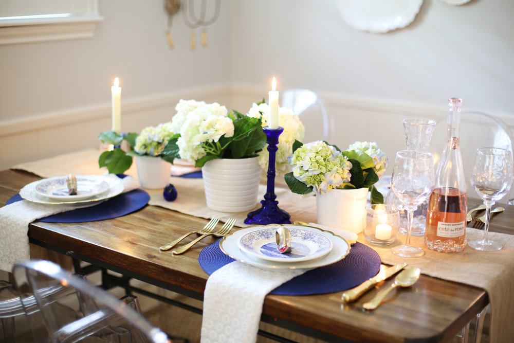 Memorial Day Tablesetting, summer tablesetting, blue and white china -3.jpg
