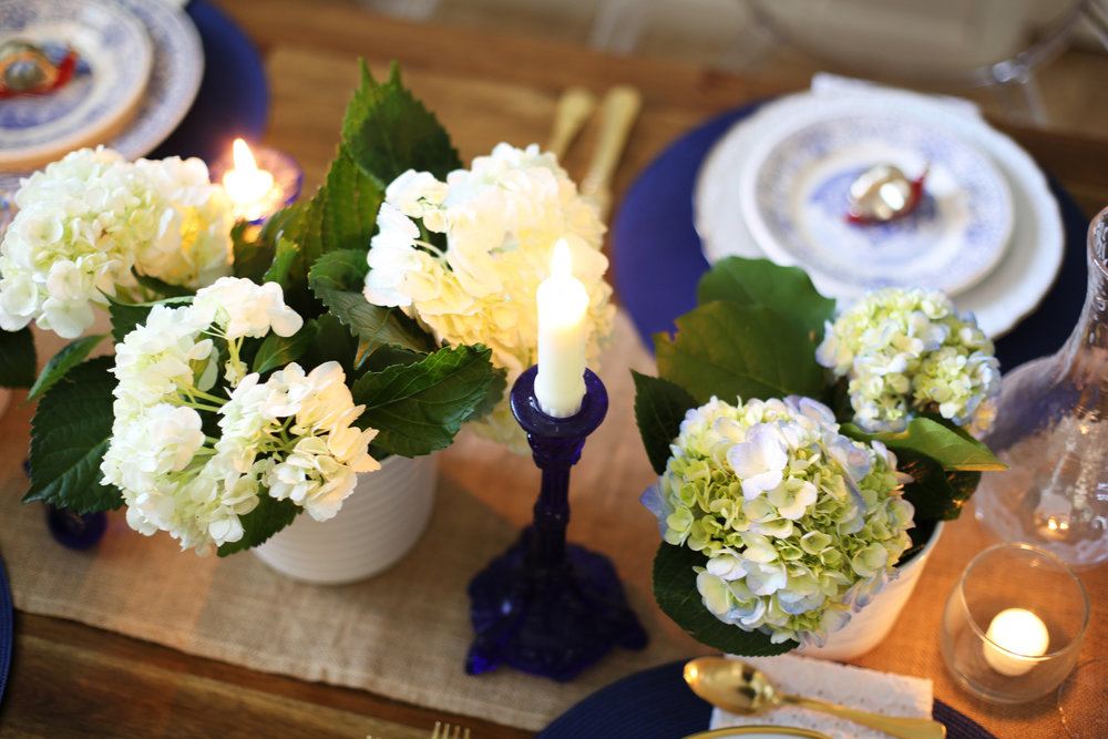 Memorial Day Tablesetting, summer tablesetting, blue and white china -6.jpg