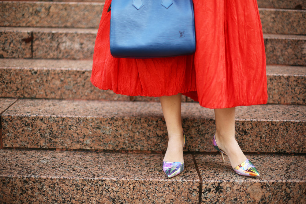 valentine's day outfit-red skirt-blue louis vuitton- j.crew top-6.jpg