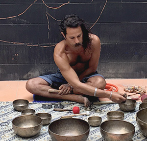 healers- sound bowls - 2016Jul14_0I5A6165_ScreenRes.jpg