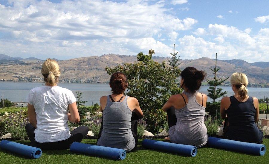 chelan-yoga-4[1].jpg