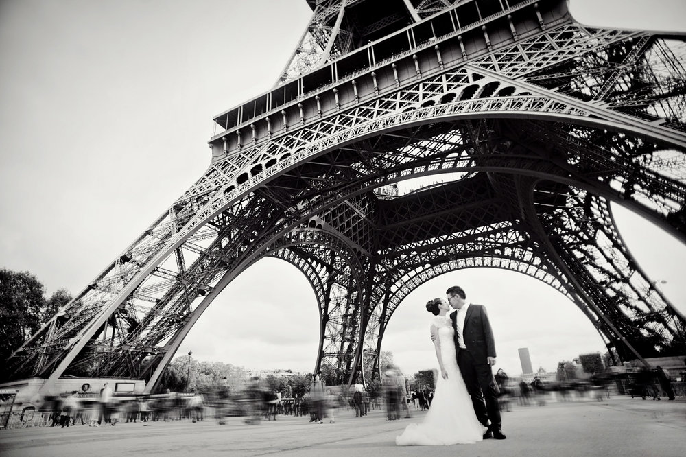 Chris_Hui_婚禮_婚紗照_pre_wedding_photography_best_014_巴黎_埃菲尔铁塔_Paris_Eiffle_Tower.jpg