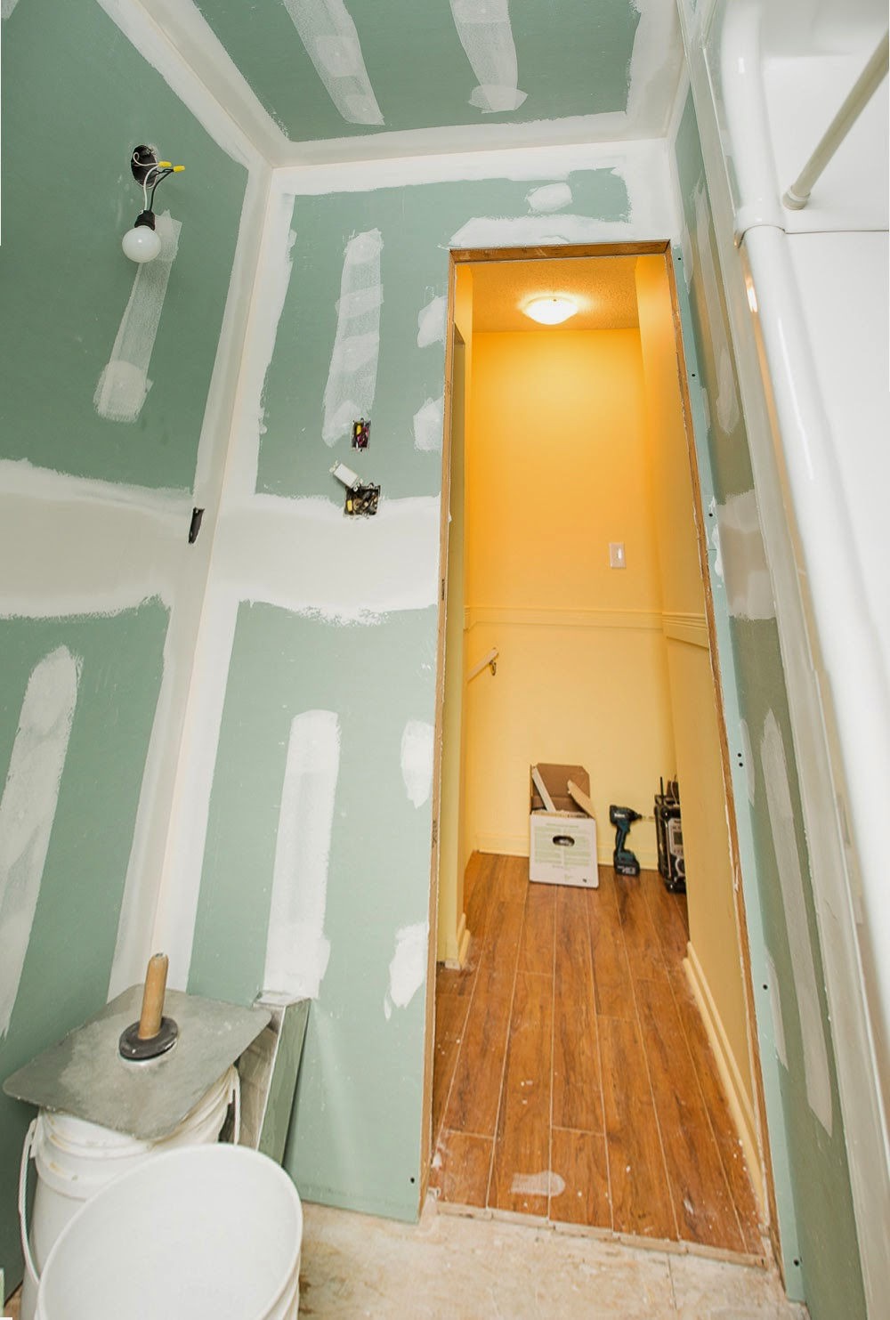 Carpentry Owen Sound Durham Grey County Bathroom Renovation Drywall Taping Painting Flooring Plumbing Renovation