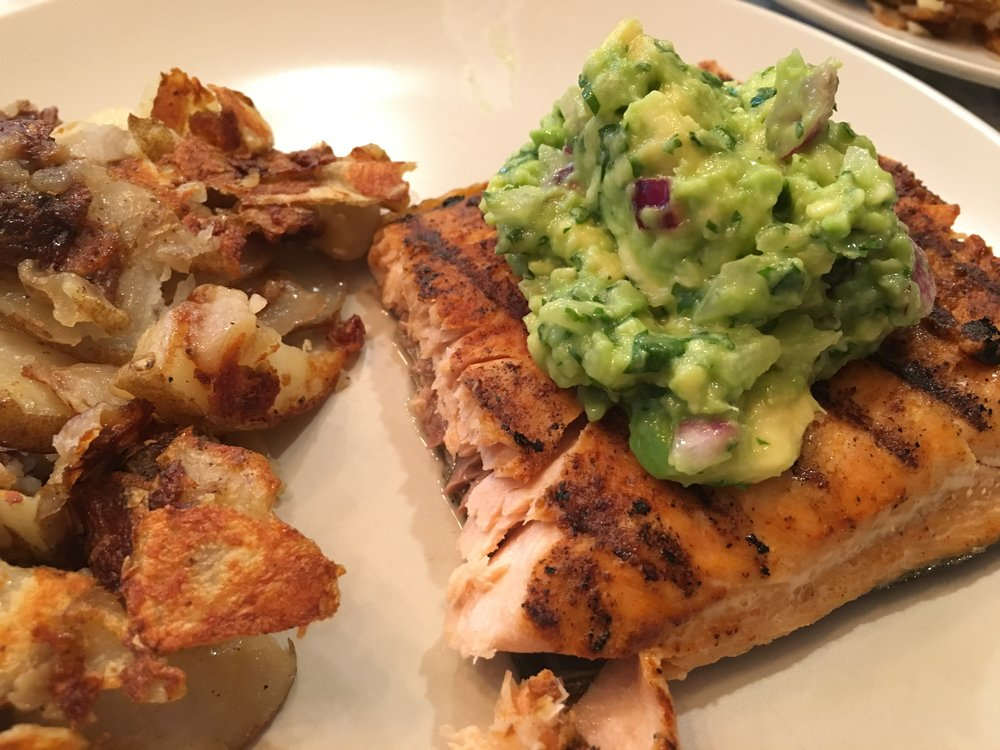salmon w/ guac & d's famous fried potatoes