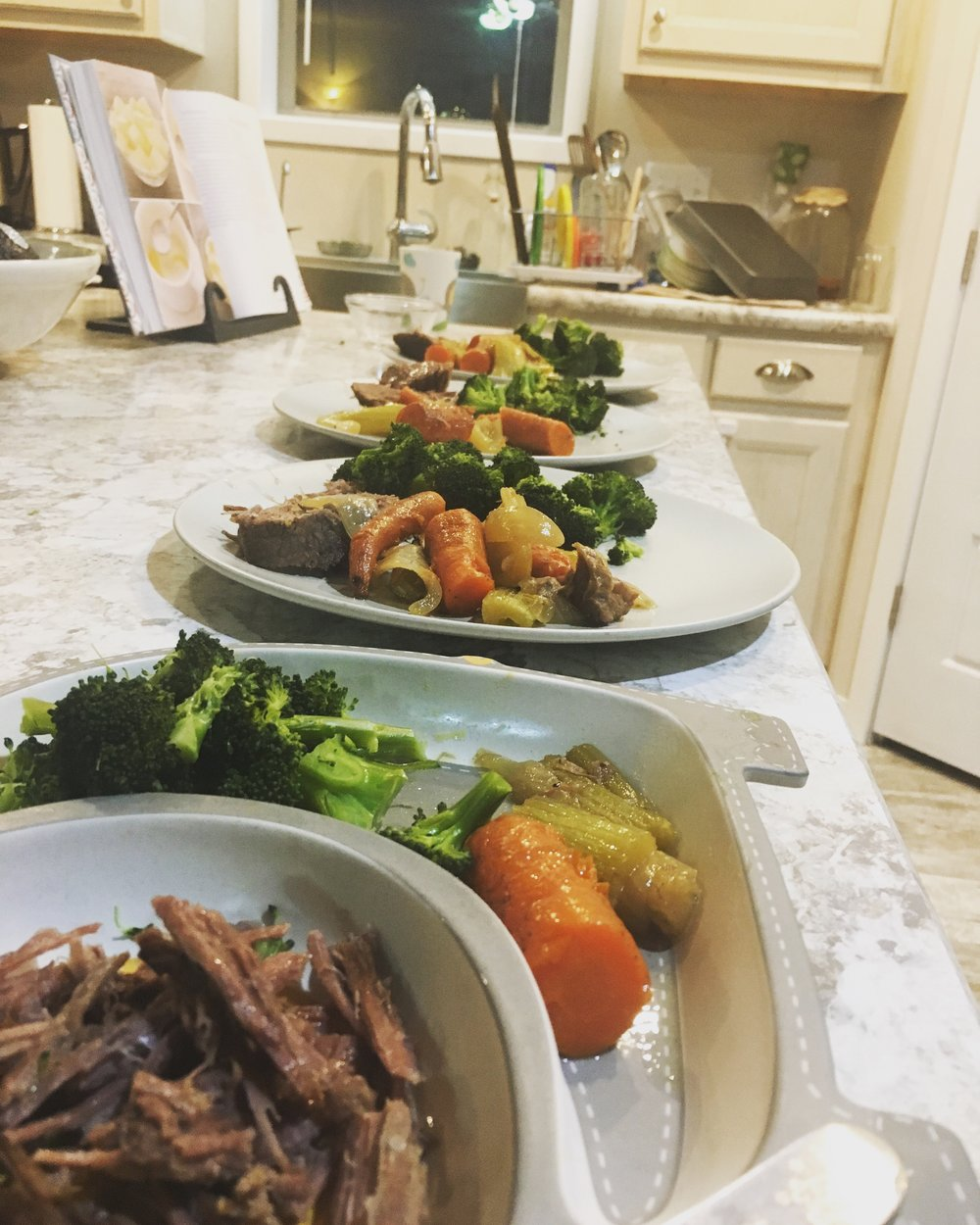 Crock pot beef w/ veggies for the whole fam