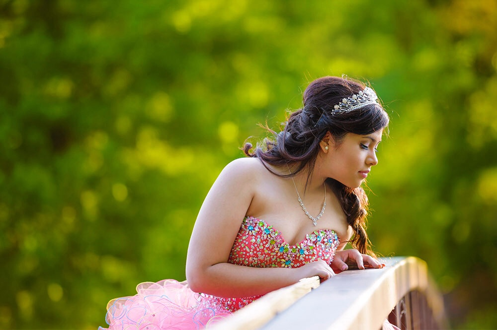 Xiomara - Quinceanera Session in Herman Park