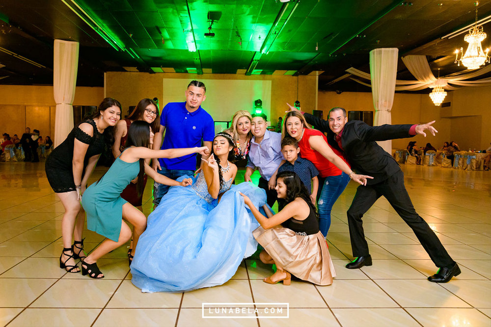 houston-quinceanera-photographer-lunabela-photography-nayeli2.jpg