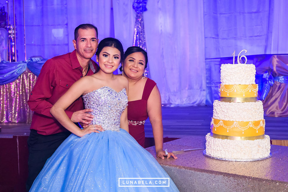 houston-quinceanera-photographer-lunabela-photography-nayeli9.jpg