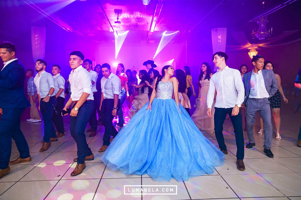 houston-quinceanera-photographer-lunabela-photography-nayeli10.jpg