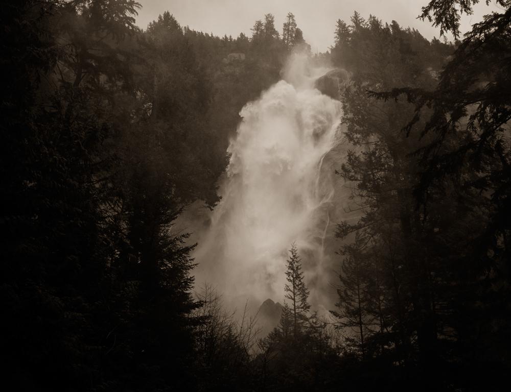 Shannon Falls, Squamish, BC.jpg