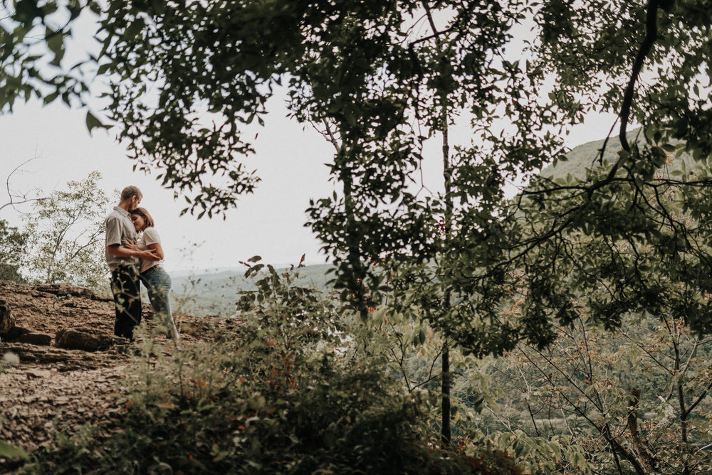 Mount Tammany Delaware Water Gap Engagement Photos