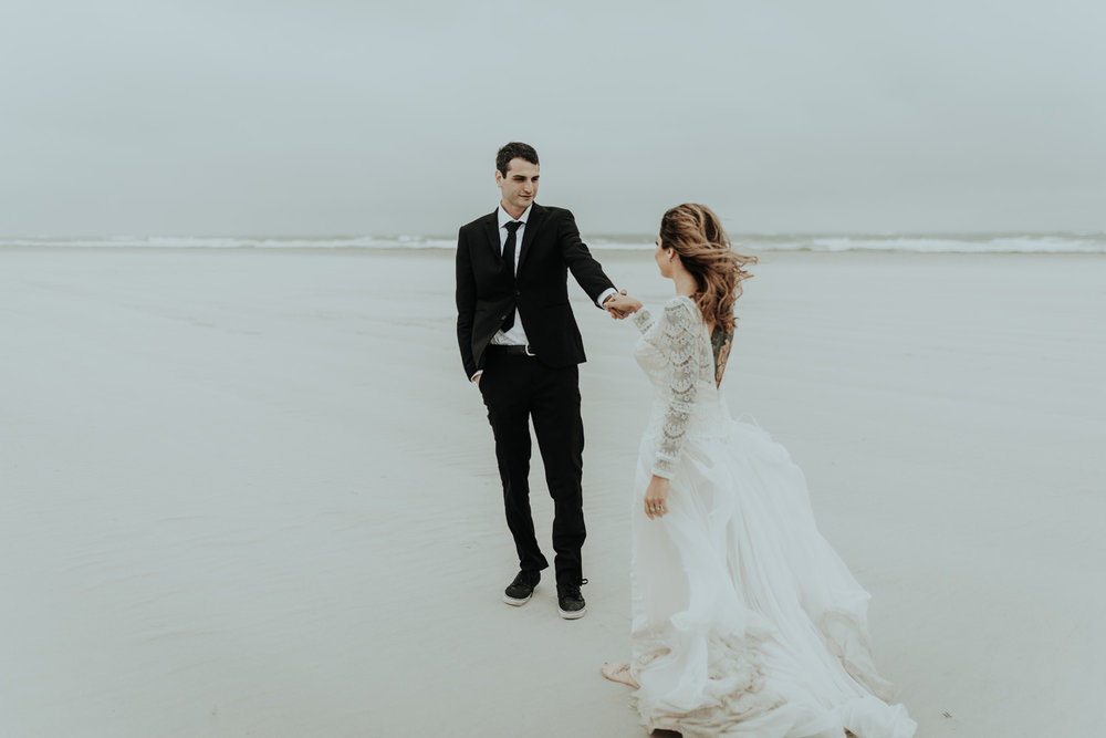 kylewillisphoto_kyle_Willis_Photography_liz_gibbs_brigantine_beach_atlantic_city_wedding_philadelphia_jersey_shore_new_nyc_engagement_delaware_engaged_married_rainy_photos_ac_boho4.jpg