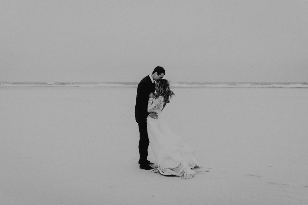 kylewillisphoto_kyle_Willis_Photography_liz_gibbs_brigantine_beach_atlantic_city_wedding_philadelphia_jersey_shore_new_nyc_engagement_delaware_engaged_married_rainy_photos_ac_boho8.jpg