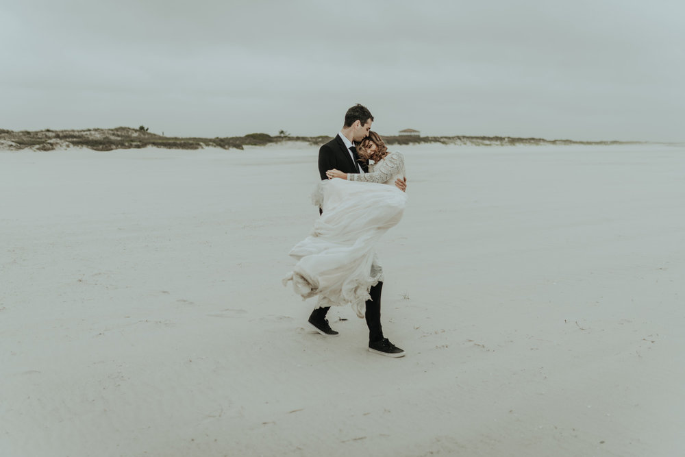 kylewillisphoto_kyle_Willis_Photography_liz_gibbs_brigantine_beach_atlantic_city_wedding_philadelphia_jersey_shore_new_nyc_engagement_delaware_engaged_married_rainy_photos_ac_boho18.jpg