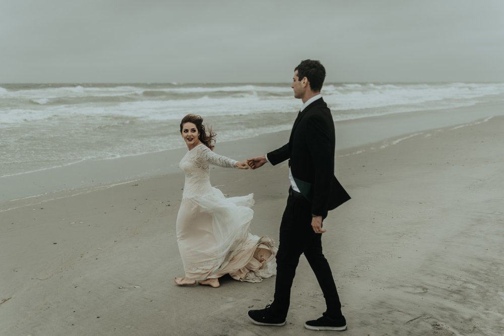 kylewillisphoto_kyle_Willis_Photography_liz_gibbs_brigantine_beach_atlantic_city_wedding_philadelphia_jersey_shore_new_nyc_engagement_delaware_engaged_married_rainy_photos_ac_boho28.jpg