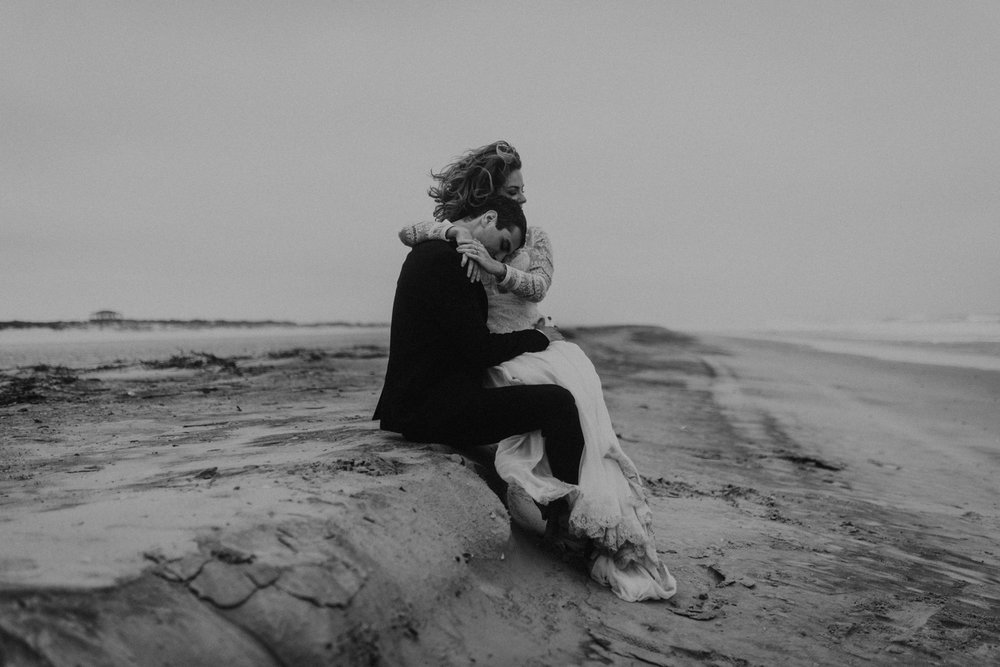kylewillisphoto_kyle_Willis_Photography_liz_gibbs_brigantine_beach_atlantic_city_wedding_philadelphia_jersey_shore_new_nyc_engagement_delaware_engaged_married_rainy_photos_ac_boho32.jpg