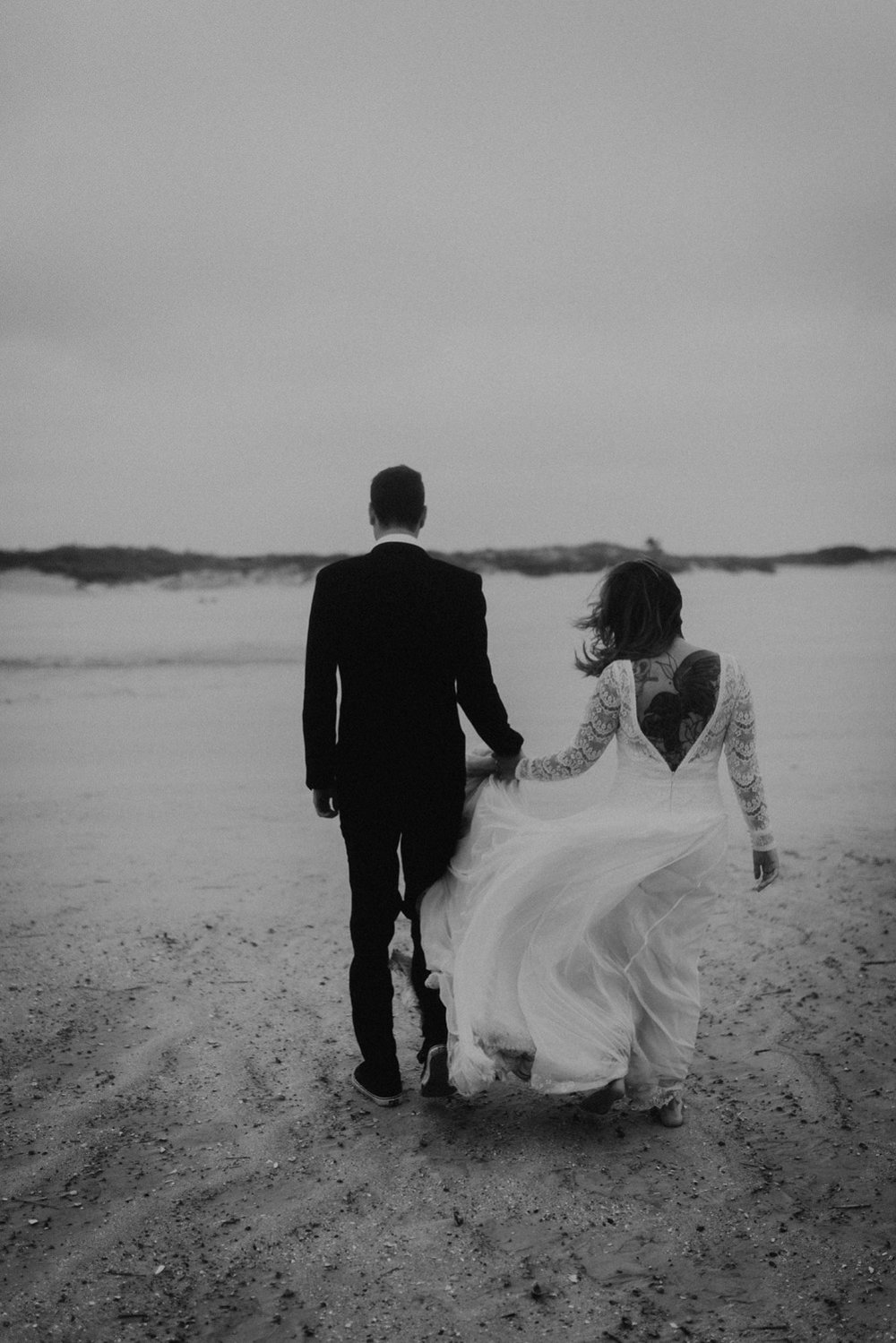 kylewillisphoto_kyle_Willis_Photography_liz_gibbs_brigantine_beach_atlantic_city_wedding_philadelphia_jersey_shore_new_nyc_engagement_delaware_engaged_married_rainy_photos_ac_boho38.jpg