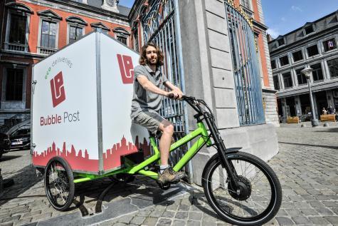 Parmi les véhicules de Bubble Post, le tricycle électrique. © Philippe Luc